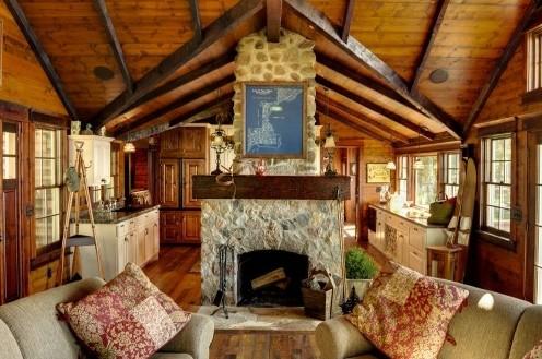 дизайн деревянного потолка с контрастными балками