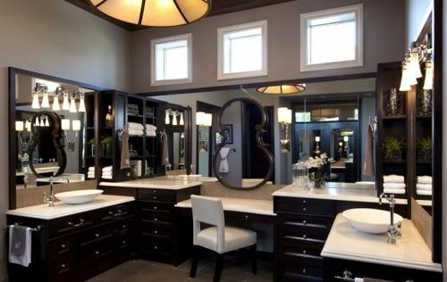 объемный эффект использования зеркал в ванной