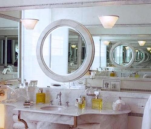 зеркало в зеркале