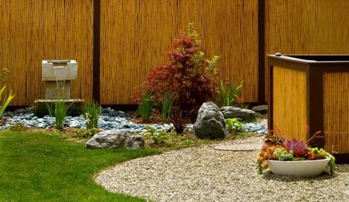 бетонный садовый фонтан