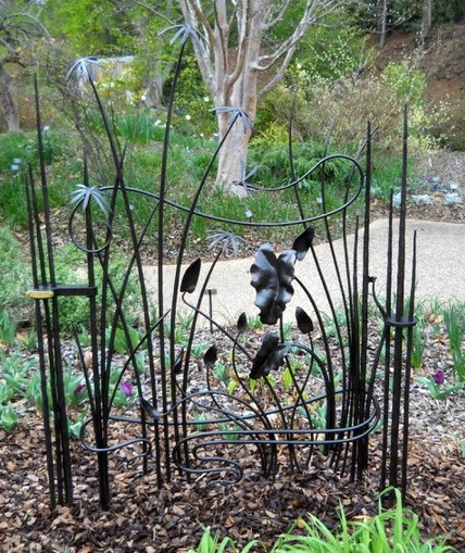 кованая садовая калитка