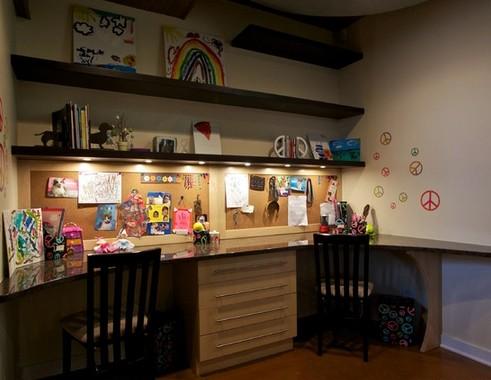 комната для занятий в подвальной части дома