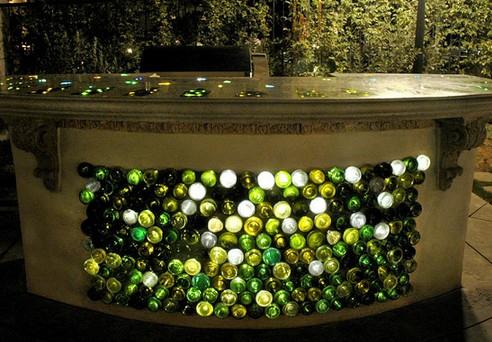 бутылки со встроенной стекловолоконной подсветкой