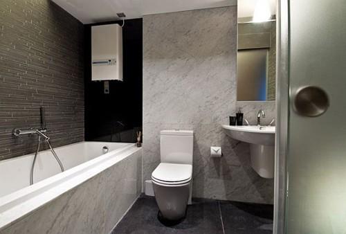 отделка камнем в интерьере ванной