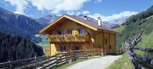 фасад альпийского коттеджа