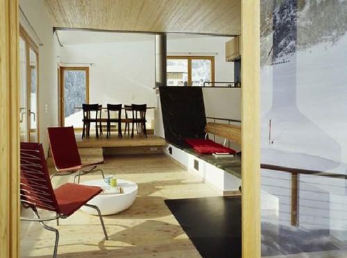 стильный интерьер современного альпийского дома