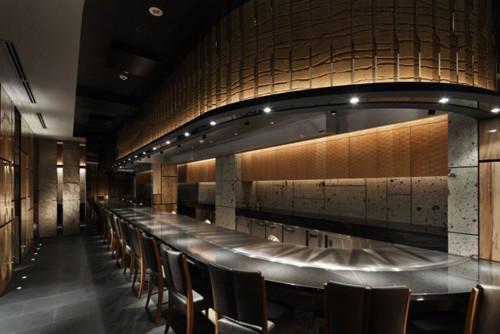дизайн интерьера ресторана с фактурными панелями