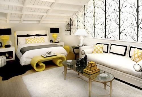 интерьер спальни в серо-желтой гамме