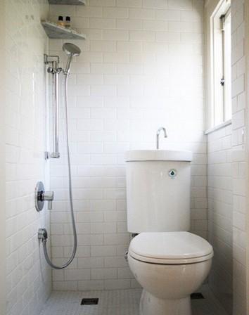 сантехника комби в маленькой ванной