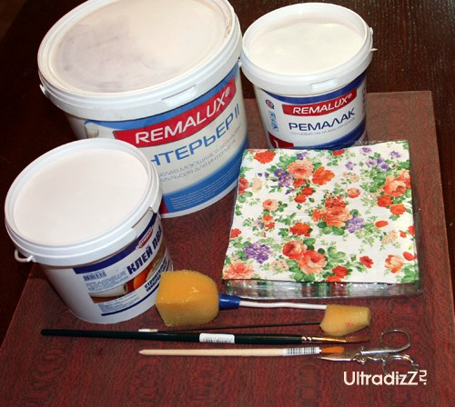 материалы и инструменты для декупажа подноса