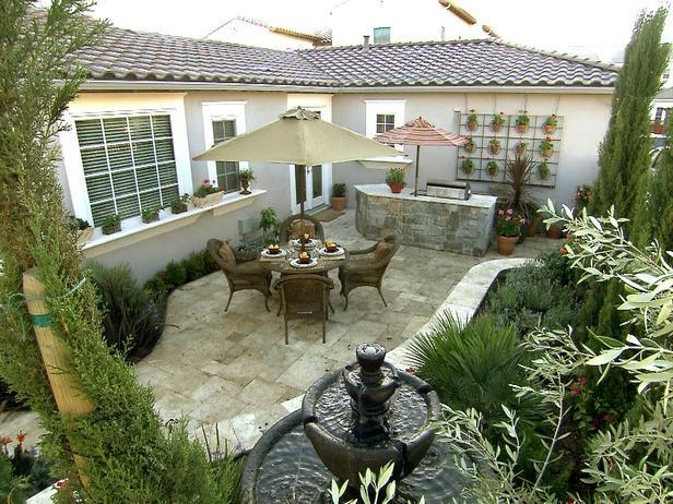 растения в дизайне двора частного дома