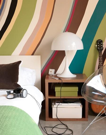 креативная окраска стен в интерьере для подростка