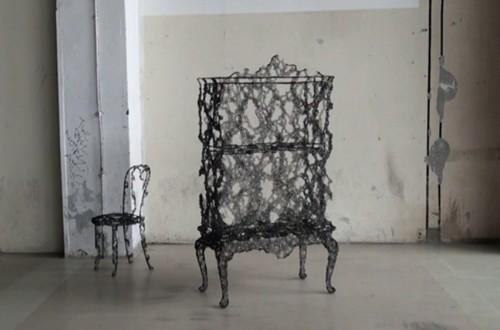 необычная металлическая мебель