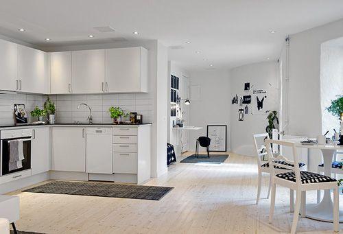 черно-белая квартира открытой планировки