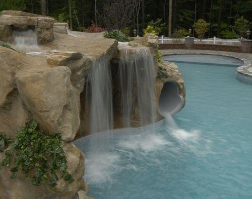 оригинальный дизайн искусственного грота с водопадом
