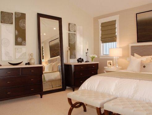 декор спальни с использованием картонных крышек