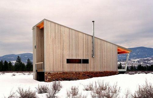 современный фасад с панорамным окном
