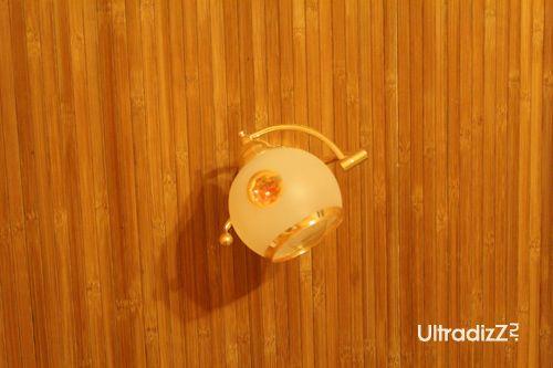 монтаж светильников поверх бамбуковых обоев