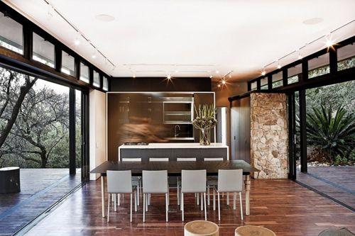 интерьер дома на металлическом каркасе