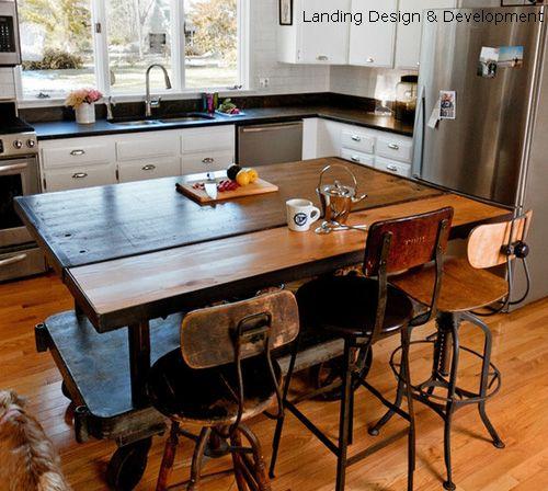 дизайнерский кухонный остров в ретро стиле