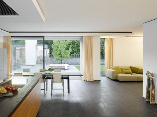 планировка открытой гостиной кухни