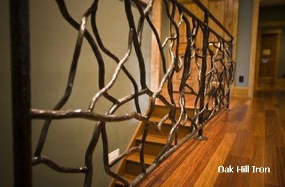металлическое ограждение лестницы в форме веток