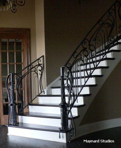 металлическое ограждение лестницы в стиле модерн