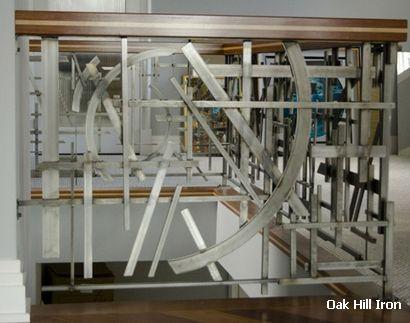 оригинальное ограждение лестницы из металла