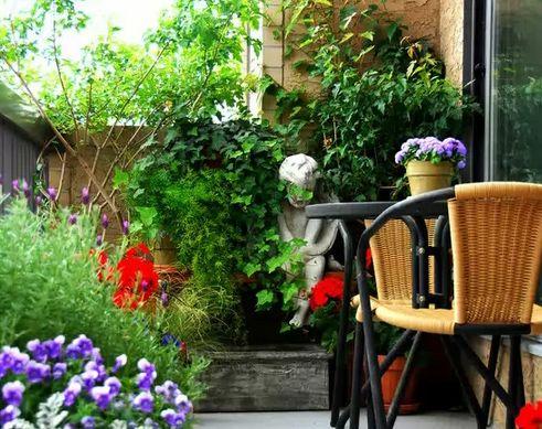 открытый сад на балконе