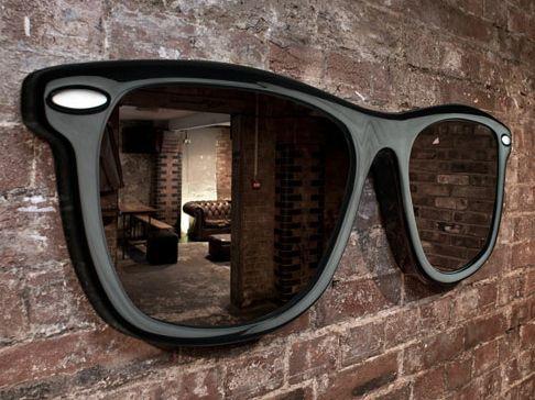 дизайнерское зеркало в форме солнцезащитных очков