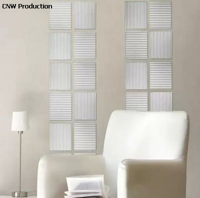 оригинальная перегородка с вертикальными полосами из стеклоблоков