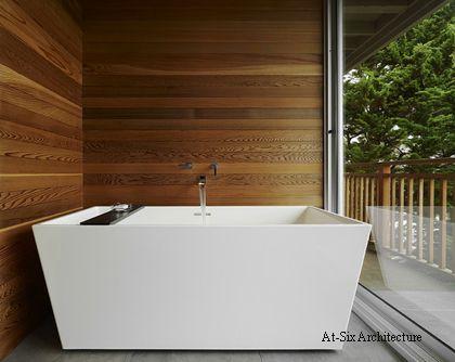облицовка ванной комнаты деревянными панелями