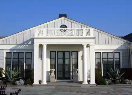 панорамное остекление в доме колониального стиля