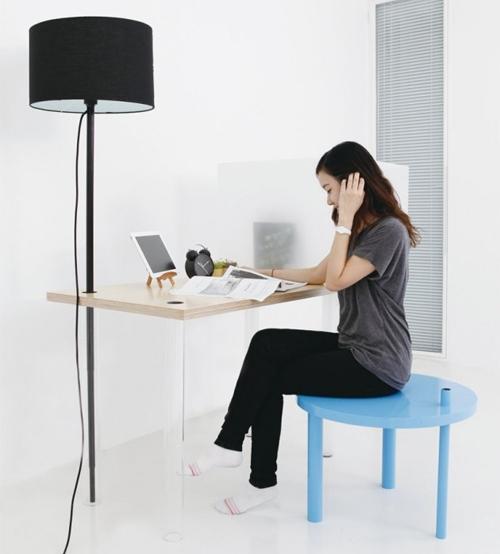использование 4 предметов универсальной мебели