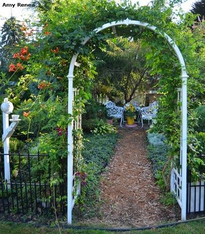 классическая садовая арка