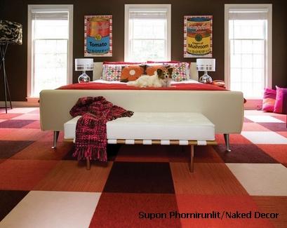 яркая спальня с малоконтрастной цветовой гаммой