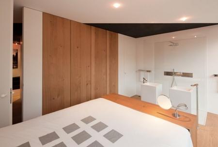 дизайн спальни с душевой кабиной