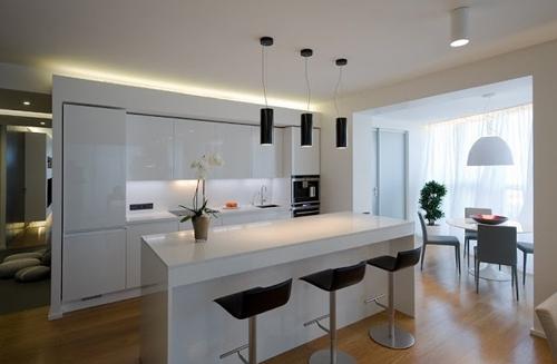 перегородка со встроенной мебелью проходной кухни