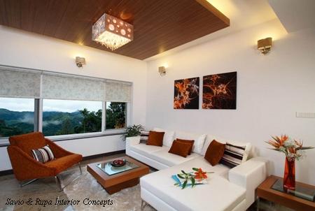 многоуровневый потолок с деревянными панелями