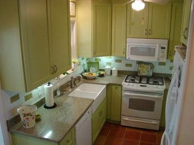 оливковая мебель в интерьере кухни