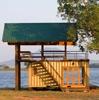 маленький дачный дом из контейнеров