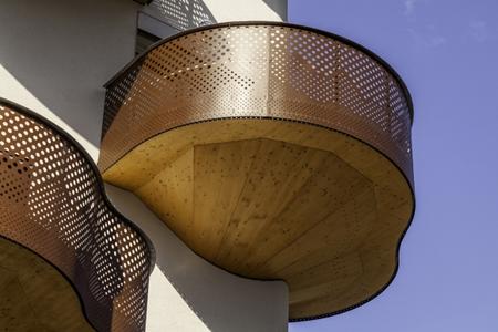 балконы в стиле летней террасы