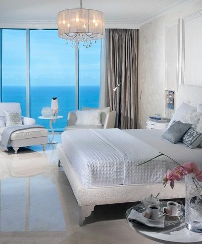 элитный интерьер серой спальни