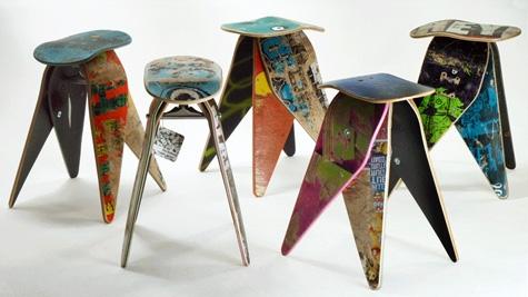 стулья из старых скейтбордов