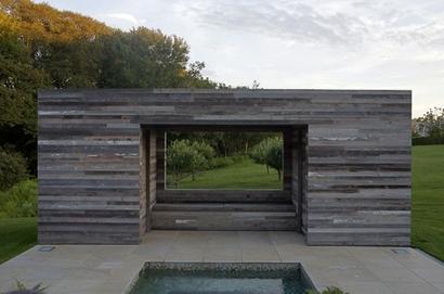 дизайн зоны отдыха у бассейна в виде фрейма