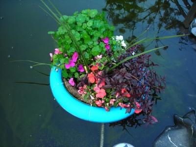 самодельная плавающая клумба остров
