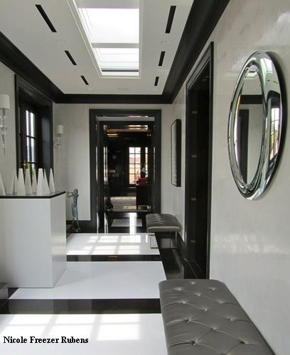 черно-белый коридор