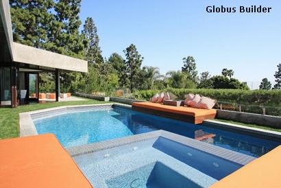 бассейн с интегрированным лежаком
