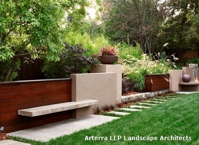 газонное ограждение с интегрированной скамейкой