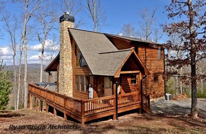 крыльцо с двух сторон деревянного дома